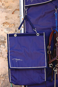 Dy'on wrap bag